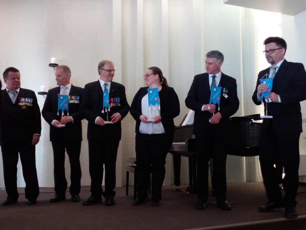 REs Kuusamo 60v yhteistyöhenkilöiden palkitseminen
